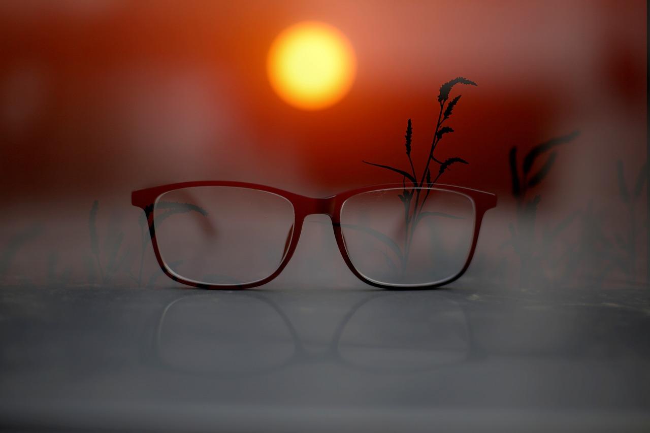 メガネ 買うならどこがいい