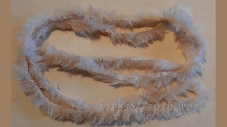 毛糸をカット